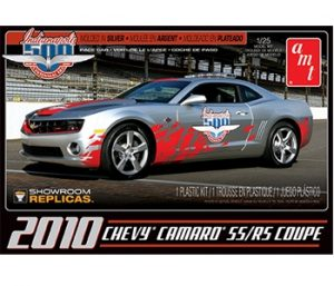 AMT 2010 Chevy Camaro RS/SS ( '09 Indy 500 Pace Car) 1:25 Scale Model Kit