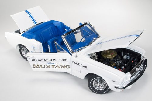 AW209 64 Mustang Pace Car_4