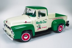 AW211 Ford F100 Pickup