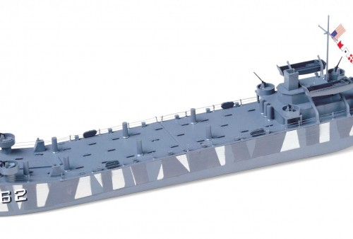 lst-landing-ship-tank-buildup-0