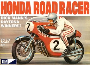 MPC Dick Mann Honda 750 Road Racer Motorcycle 1:8 Scale Model Kit