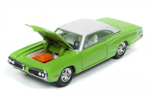 RC003_2017Rel1_70SuperBee_OpenHood_SetD