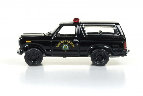 RC003_2017Rel1_80Bronco_Side_SetC