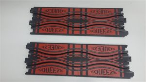 "Auto World 9"" Squeeze Track (2 pieces)"