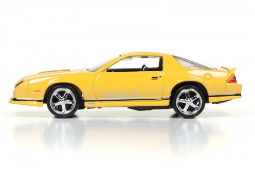 AW64021_Deluxe_2017Rel1_87Camaro_Side_SetB