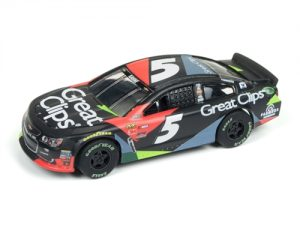 Auto World Super III R2 NASCAR Kasey Kahne 2017 Chevy SS HO Scale Slot Car