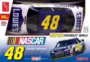 AMT NASCAR 2010 Chevy Impala Jimmie Johnson COT 1:25 Scale Model Kit
