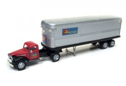 CMW31172-44-46-Chevy-TractorTrailer-AssociatedTrucking (1)