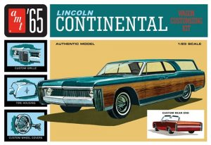 AMT 1965 Lincoln Continental 1:25 Scale Model Kit