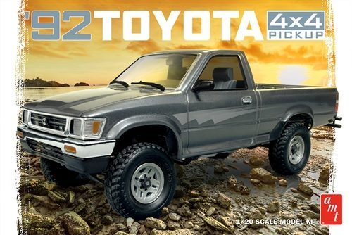 AMT 1992 Toyota 4x4 Pick-up 1:20 Scale Model Kit