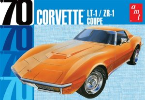 AMT 1970 Chevy Corvette Coupe 1:25 Scale Model Kit