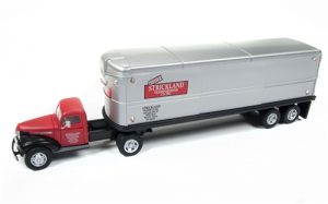 Classic Metal Works 1941-1946 Chevy Tractor/Trailer Set (Strickland) 1:87 HO Scale