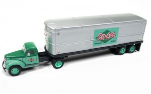 Classic Metal Works 1941-1946 Chevy Tractor/Trailer Set (SoCal Freight) 1:87 HO Scale