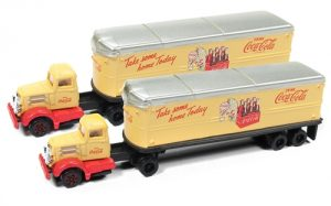 Classic Metal Works White WC 22 Tractor & Trailer Set (Coca Cola) (2 pieces) 1:160 N Scale