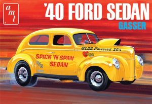 AMT 1940 Ford Sedan (OAS) 1:25 Scale Model Kit