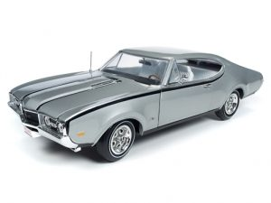 "American Muscle 1968 Olds Cutlass Hurst Olds ""Class of 68"" (50th Anniversary) 1:18 Scale Diecast"