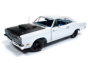 American Muscle 1969.5 Plymouth Road Runner Post Coupe (Hemmings Muscle Machines) 1:18 Scale Diecast