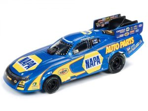 Auto World 4Gear NHRA R21 Ron Capps Auto Parts 2018 FC HO Scale Slot Car