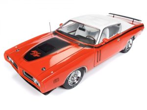 American Muscle 1971 Dodge Charger R/T Hardtop with Sunroof (MCACN) 1:18 Scale Diecast
