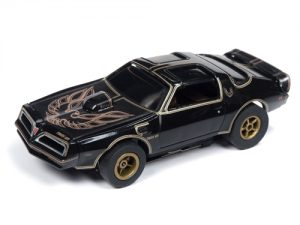 Auto World Xtraction R25 1977 Firebird Smokey and the Bandit HO Scale Slot Car