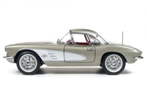 American Muscle 1961 Chevrolet Corvette Hardtop (MCACN) 1:18 Scale Diecast