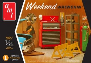 AMT Garage Accessory Set #1 1:25 Scale Model Kit