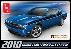 AMT 2010 Dodge Challenger RT Classic 1:25 Scale Model Kit
