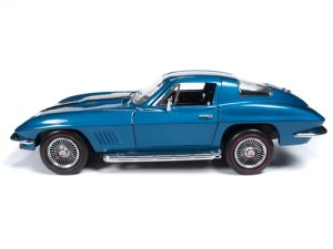American Muscle 1967 Chevrolet Corvette Coupe (MCACN) 1:18 Scale Diecast