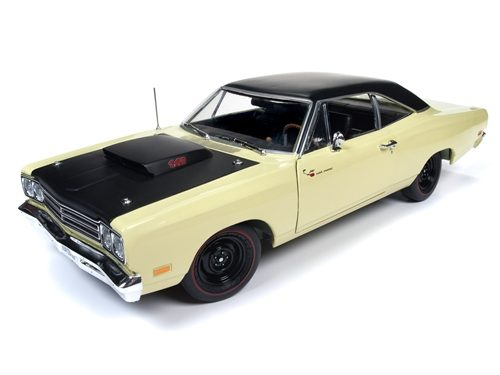 American Muscle 1969.5 Plymouth Road Runner Coupe (Class of 1969) 1:18 Scale Diecast