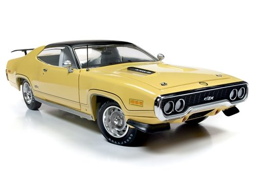 American Muscle 1971 Plymouth GTX Hardtop (MCACN) 1:18 Scale Diecast