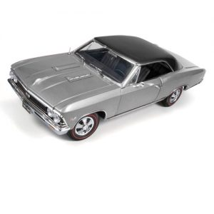 American Muscle 1966 Chevy Chevelle SS 396 1:18 Scale Die-Cast