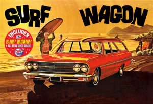 "AMT 1965 Chevelle ""Surf Wagon"" 1:25 Scale Model Kit"