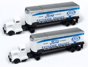 Classic Metal Works White WC22 Tractor Trailer Set (Ford Exchange Engines) (2-Pack) 1:160 N Scale