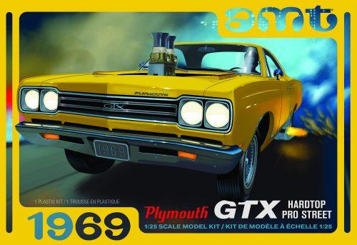 AMT 1969 Plymouth GTX Hardtop Pro Street 1:25 Scale Model Kit