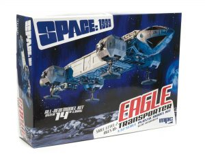 """MPC Space 1999: 14"""" Eagle Transporter 1:72 Scale Model Kit"""