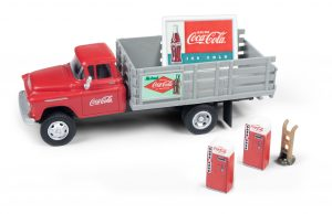 Classic Metal Works 1955 Chevy Stakebed Truck w/1950's Machines, Hand Truck & Sign (Coca-Cola) 1:87 HO Scale
