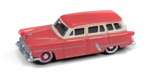 Classic Metal Works 1953 Ford Station Wagon (Flamingo Red) 1:87 HO Scale