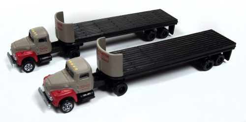 Classic Metal Works IH R-190 Tractor/ 32' Flatbed Trailer Set (Breir & Smith Building Materials) (2-Pack) 1:160 N Scale