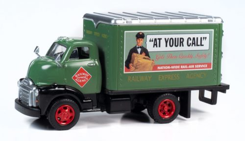 Classic Metal Works TraxSide Collection 1948 Box Truck (Railway Express Agency) O Scale