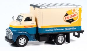 Classic Metal Works TraxSide Collection 1948 Box Truck (Falstaff Beer) O Scale