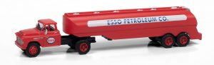 Classic Metal Works 1957 Chevy w/Tanker Trailer (ESSO Petroleum) 1:87 HO Scale