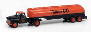 Classic Metal Works 1957 Chevy w/Tanker Trailer (Phillips 66) 1:87 HO Scale