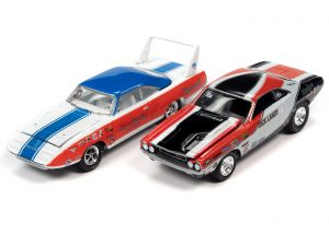 Johnny Lightning Themed 2 Pack 2020 R3 - LOTQM & James Bond