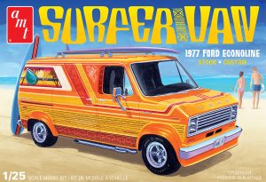 AMT 1977 Ford Surfer Van 1:25 Scale Model Kit