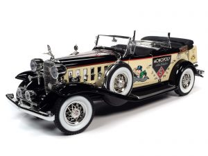 Auto World 1932 Cadillac V16 Sport Phaeton Mr. Monopoly Car & Resin Figure 1:18 Scale Diecast