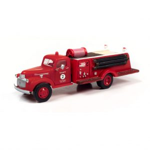 CLASSIC METAL WORKS 1941-46 CHEVY FIRE TRUCK (COUNTY FIRE DEPARTMENT) 1:87 HO SCALE