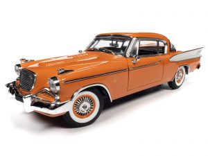 AUTO WORLD 1957 STUDEBAKER GOLD HAWK 1:18 SCALE DIECAST