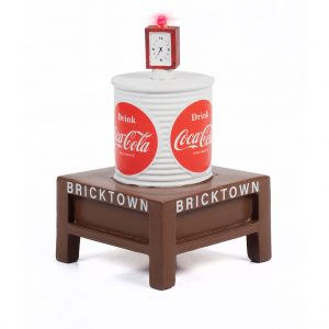 CLASSIC METAL WORKS TRAXSIDE COLLECTION 1940-1960'S ERA WATER TOWER WITH LIGHT - COCA-COLA HO SCALE