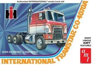 AMT INTERNATIONAL TRANSTAR CO-4070A SEMI TRACTOR 1:25 SCALE MODEL KIT