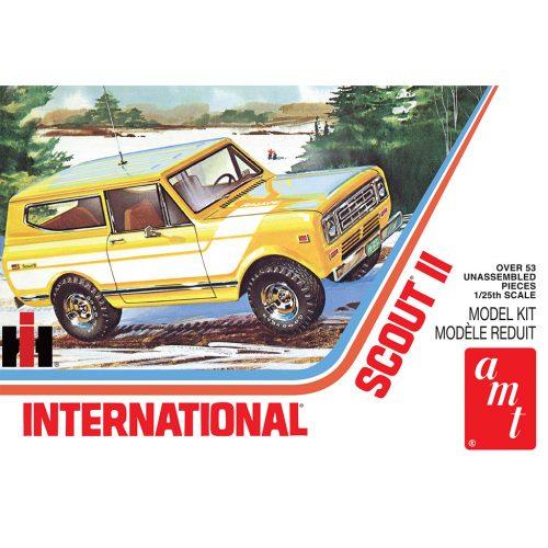 AMT 1977 INTERNATIONAL HARVESTER SCOUT II 1:25 SCALE MODEL KIT